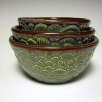 Tiny Carved Nesting Bowls in green by piecesbyjoanna on Etsy
