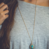 Trapped Stone Necklace in Turquoise
