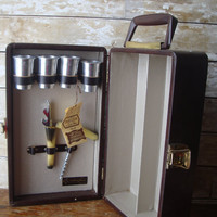 Vintage  Portable Pub Retro Ever Wear LeatherTraveling Bar With All The Parts