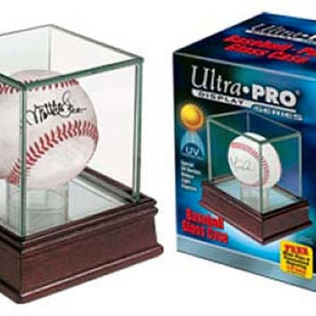 Ultra Pro Glass Single Balll Holder