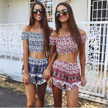 DCCKJ1A Women Fashion Sexy Two Pieces Strapless Off Shoulder Backless Stretch Frilly Crop Tops and Print Shorts Set