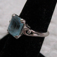 Vintage AQUAMARINE FASHION RING 1950s