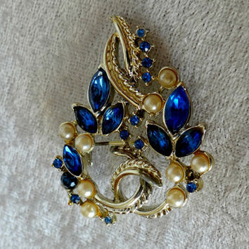 Vintage Sapphire and Faux Pearl Gold Brooch, Vintage Jewelry, Sapphire and Pearl Pin, Vintage Pin