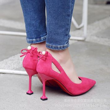 Beads Decoration Cut Out Pointed Toe Low Cut Kitten Heel Prom Shoes