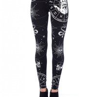 Black Magic witchcraft bewitched hands Black Witch Leggings