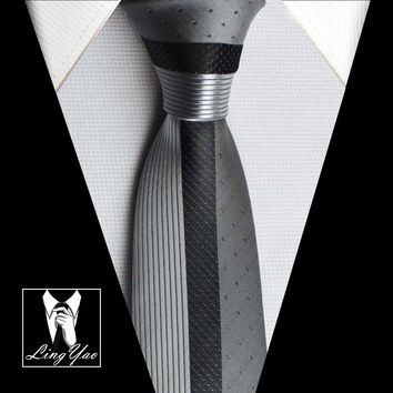 TOP Luxury Skinny Tie NEW Designers Novelty Necktie Silver with Black Dots & Stripes  Woven