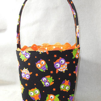 Adorable Owl Themed Halloween Fabric Basket