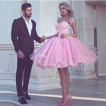 Pink Sexy Organza Short Cocktail Dresses Beaded Lace Crystal Puffy 8th Grade Prom Dress 2017 Off The Shoulder Sexy Vestido