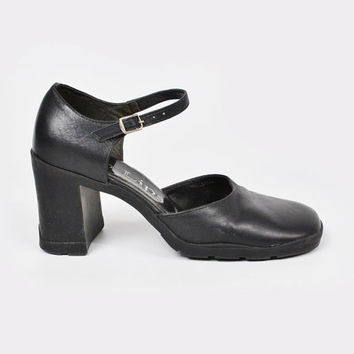 vintage 90s black leather CHUNKY heel MARY-JANE / ankle strap mary-jane / chunky mary-jane / black mary-jane / 90s mary-jane / grunge / 7