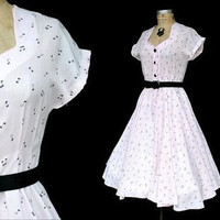 1950s Novelty Day Dress / music notes / Small