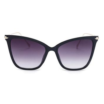Squared Cat Eye Sunglasses with Metal Detail
