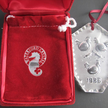 1986 Waterford glass Christmas ornament decoration