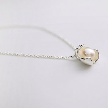 Silver Hibiscus Flower Pearl Necklace
