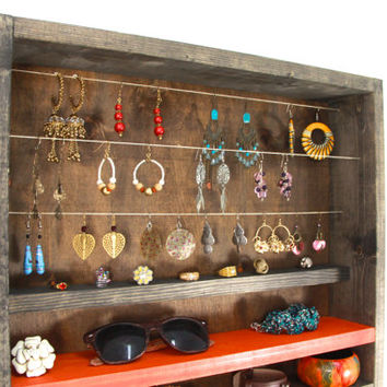 red jewelry organizer