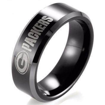 Black Beveled Two-Toned Tungsten Mens Ring NFL Football Green Bay Packers