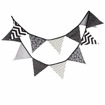 DKF4S 12 Flags 3.2m Handmade Halloween Black White Fabric Bunting Pennant Flags Banner Garland Home Party DIY Decorative Crafts