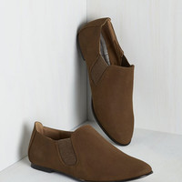 Menswear Inspired Simple Essential Flat