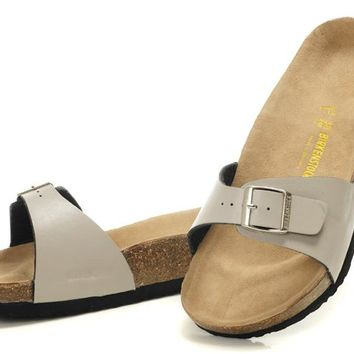 New Birkenstock Summer Fashion Casual Ladies Sandals Leather Cork Flats Beach Slippers
