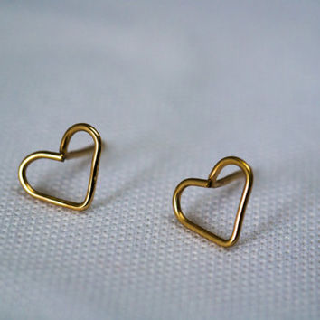Tiny Gold Studs, 14K Goldfilled Jewelry, Heart Studs, Simple Gold Earrings,  Minimal Jewelry, Everyday Earrings, Tiny Post Studs