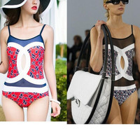 Fashion two C one holes white black splicing one piece bikini show thin