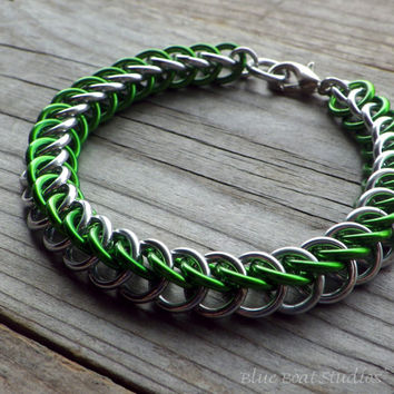 Chainmaille bracelet in green and silver anodized aluminum; HP 3-1 bracelet; chain maille bracelet; chainmaille jewelry; aluminum bracelet