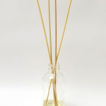 Signature Collection 4 oz. Reed Diffuser - Multiple Scents Available