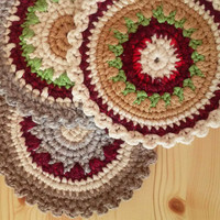 Round Crochet Napkin / Crocheted Hot Pad / Cup Coasters / Tea Accessories / Kitchen Decor / Home Decor / C1