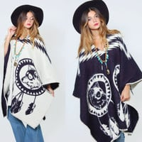 Vintage 80s TRIBAL Poncho WOLF & DREAMCATCHER Native Cape Reversible Boho Poncho Indian Blanket Poncho Hippie Poncho