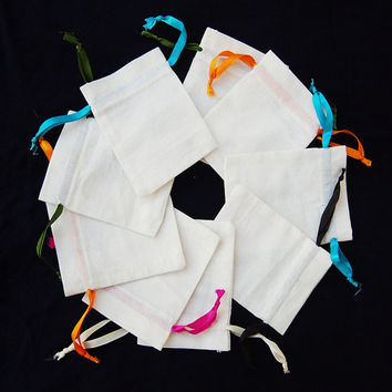 Cotton jewelry bags gift bags cotton purse cotton coin pouches small pouch with string neck pouches
