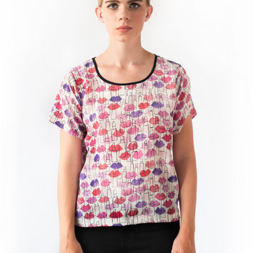 Lips and Lipstick Outline Silk T-shirt