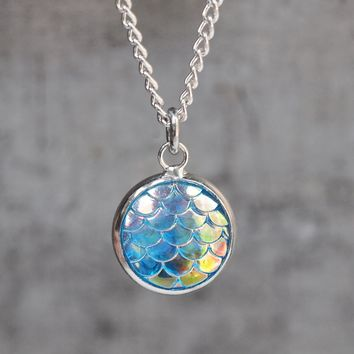 Magical Dragon Scales Necklace - Ocean