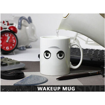 Wake Up Cup Changing Color Cups Chameleon Coffee Cups 300ml Funny Lovely Cool Smile Ceramic Espresso Cup Thermomug tasse cafe