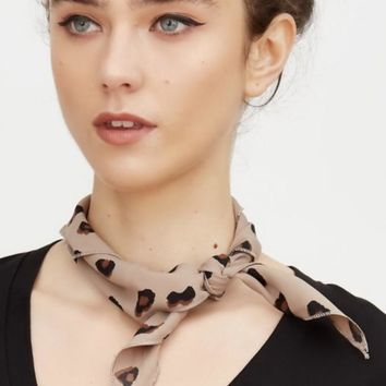 Graphic Leopard Scarf