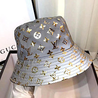 LV 2019 new fashion wild female models 3M reflective old flower fisherman cat Gold letters print logo
