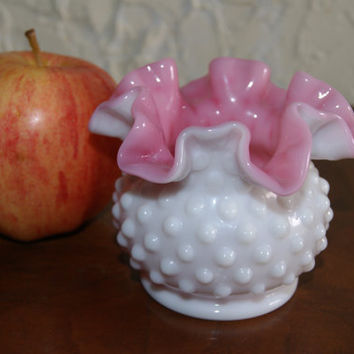 Vintage Fenton Peach Blo Small Vase With Hobnail Pattern Ruffled Edge 1952 To 1955 Unmarked