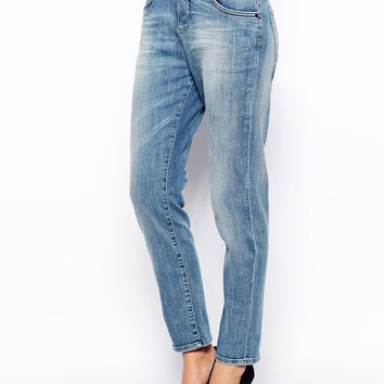 Selected Lucy Boyfriend Jeans in Vintage Wash -