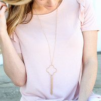 Quatrefoil Tassel Necklace - Gold