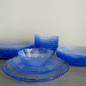 Vintage 24 piece Libbey Harmony Blue serving set, salad plates, dinner plates, and dessert plates. Glass dinner set, Duratuff DT USA
