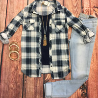 Penny Plaid Flannel Top: Navy/Ivory