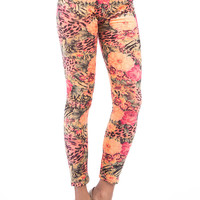 Aoki Fashion - Velvet Feel Floral Print Leggings