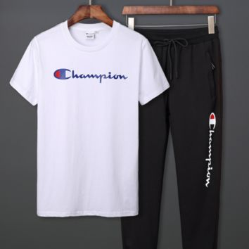 Champion fashion new summer champion suit for men's sports is a two-piece pantsuit with short sleeves White