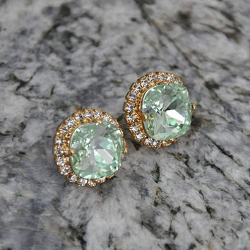 Mint Green Earrings, Sparkle, Swarovski Crystals,  Crystal Stud post Earrings, Bridal Earrings, Gold Earrings