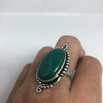 Vintage Green Nephrite Jade ring about an inch long knuckle ring