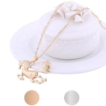 Fashion Plated Chain Necklaces for Women 2016 Plated Silver/Gold Jewelry Running Horse Pendant Necklace colgantes mujer moda