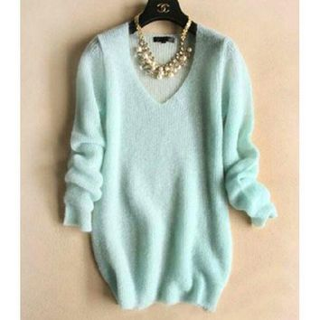 PEAPON FASHION V-NECK KNIT SWEATER