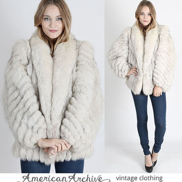 Vintage 70s Silver Fox Fur Coat Chubby White Real Hippie Boho Shaggy Cape Jacket M hippie coat hippy coat boho jacket wedding coat winter