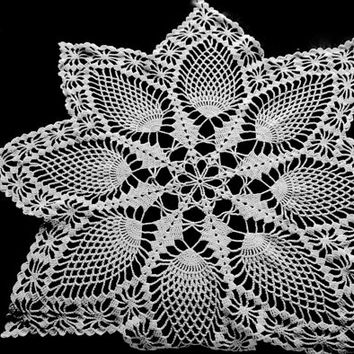 "Vintage Doily, 28"" Round, Crocheted Doily, White Centerpiece, Wedding Linens, Large Doily, White Doily, Crochet Table Topper, White Linens"
