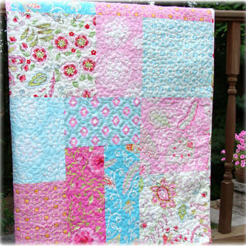 Pretty Little Things Modern Big Block Baby Girl Quilt
