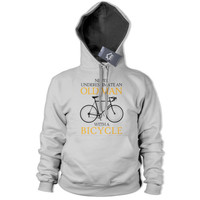 Never Underestimate Old Man BICYCLE Hoodie Mens Bike Retired Race Tour De 222