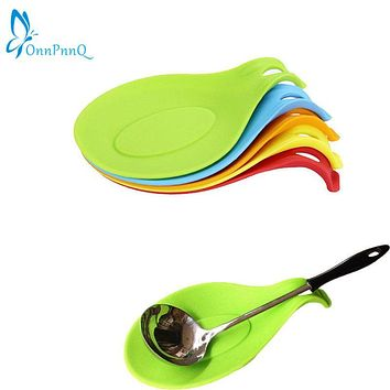 OnnPnnQ Kitchen Silicone Spoon Rest Heat Resistant Non-stick Silicone Cooking Tools Mat